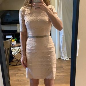 Lace light pink dress with belt